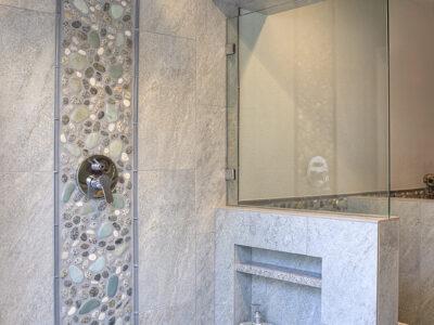 18Noggle Bathroom